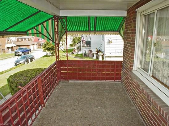 224 Fairview St, Weirton, WV - USA (photo 2)