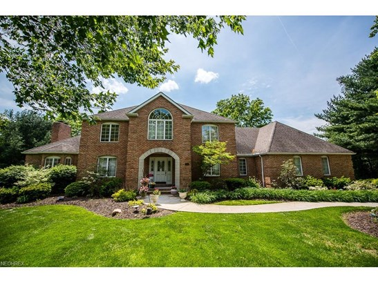 1601 Muirfield Nw Ave, Canton, OH - USA (photo 1)