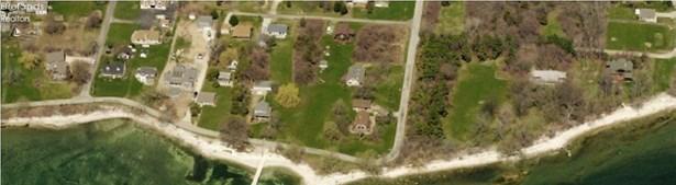 135 Harbor Lane, Kelleys Island, OH - USA (photo 2)