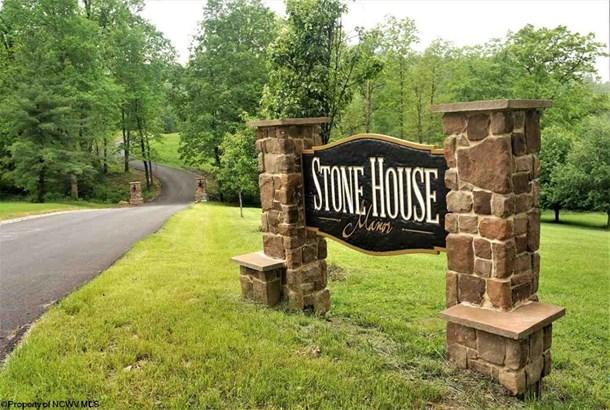 104 Stone House Drive, Morgantown, WV - USA (photo 2)