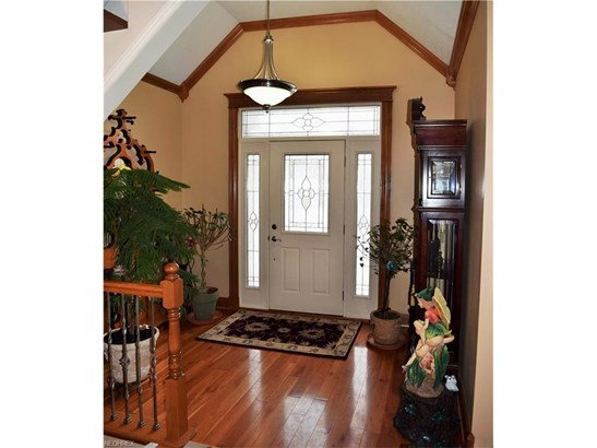 7641 Kenneth Dr, Concord, OH - USA (photo 3)