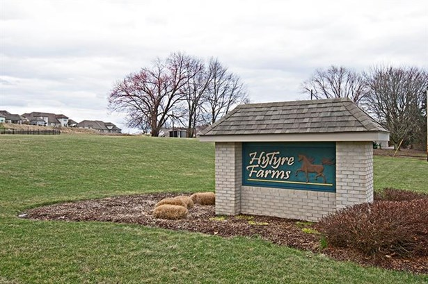233 Hytyre Farms Dr, Gibsonia, PA - USA (photo 2)
