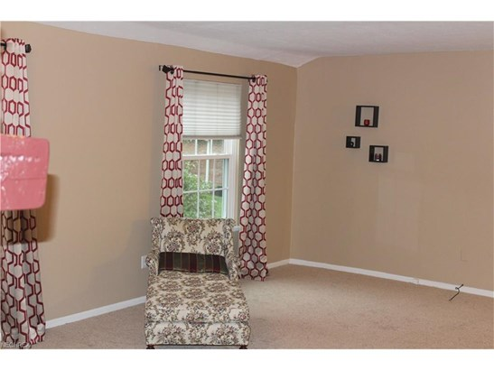 7005 Carriage Hill Dr 201, Brecksville, OH - USA (photo 2)