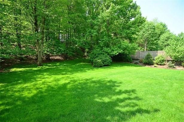 102 Oakwood Dr, Jefferson Hills, PA - USA (photo 5)