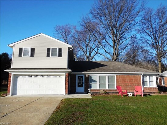 2864 Chestnut Rd, Seven Hills, OH - USA (photo 1)
