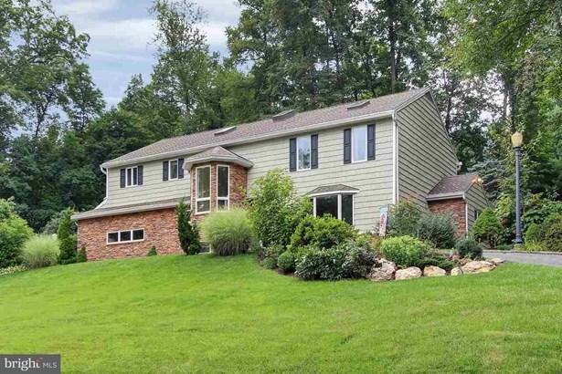 810 Upland Rd, York, PA - USA (photo 1)