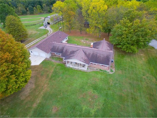 5895 Clear Creek Valley Rd, Wooster, OH - USA (photo 2)