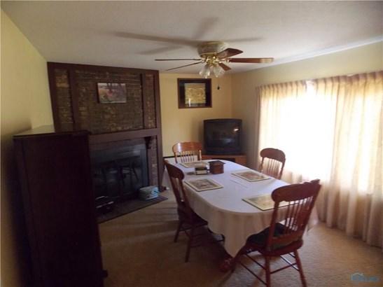 2585 N Oak Harbor Rd., Fremont, OH - USA (photo 3)