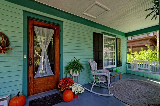11 Voorheesville Av, Voorheesville, NY - USA (photo 2)