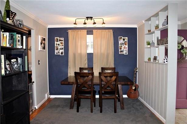 816 Lindenwood Dr, Castle Shannon, PA - USA (photo 3)