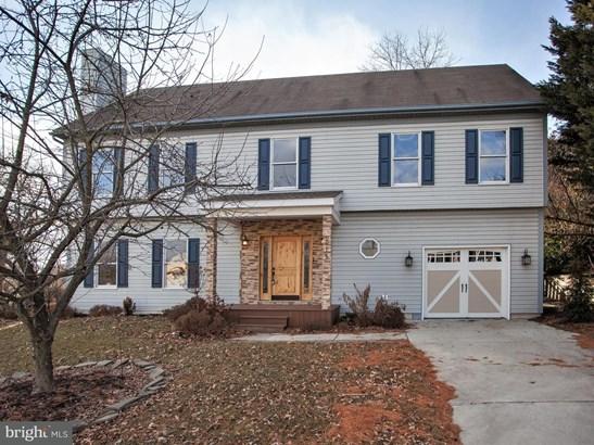 815 Appletree Ln, Mechanicsburg, PA - USA (photo 2)
