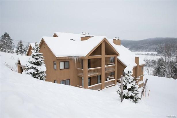 F303 Snowpine Village 5915, Great Valley, NY - USA (photo 1)