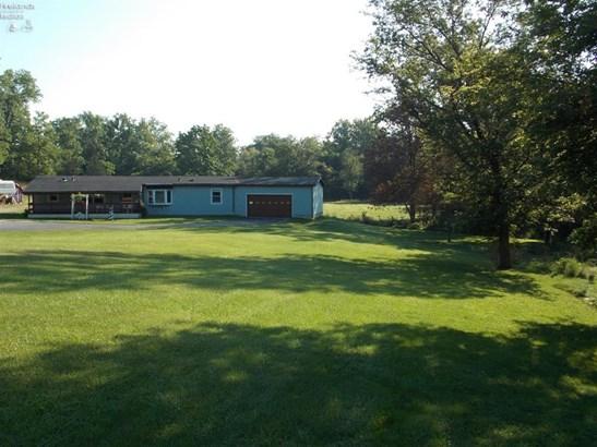 2585 Oak Harbor Rd., Fremont, OH - USA (photo 1)
