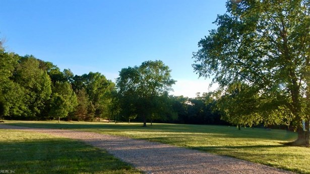 22000 Ballard Creek Dr, Carrollton, VA - USA (photo 4)