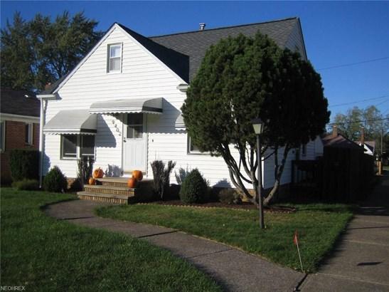 9402 Pinegrove Ave, Parma, OH - USA (photo 1)