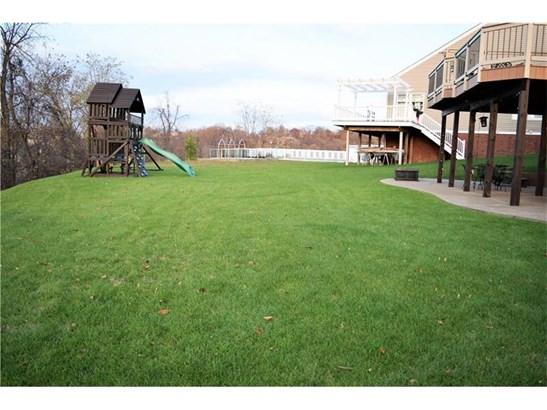 1347 Maplewood Circle, Wash, PA - USA (photo 4)