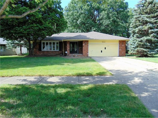 5243 Hickory Dr, Lyndhurst, OH - USA (photo 1)