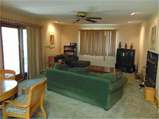 5243 Hickory Dr, Lyndhurst, OH - USA (photo 2)