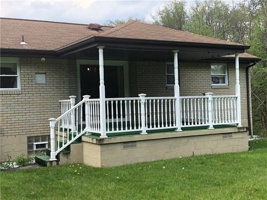 5024 Aspen St., West Mifflin, PA - USA (photo 2)