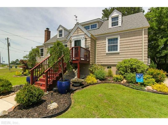 1210  Surrey Cres, Norfolk, VA - USA (photo 2)