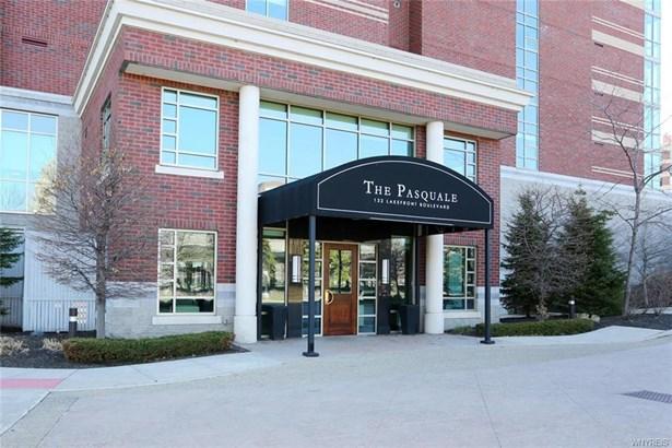 132 Lakefront Boulevard 604, Buffalo, NY - USA (photo 2)