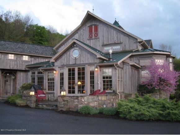 654 Butterfield Road, New Milford, PA - USA (photo 2)