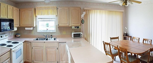 469 Scarborough Ln, Painesville, OH - USA (photo 4)