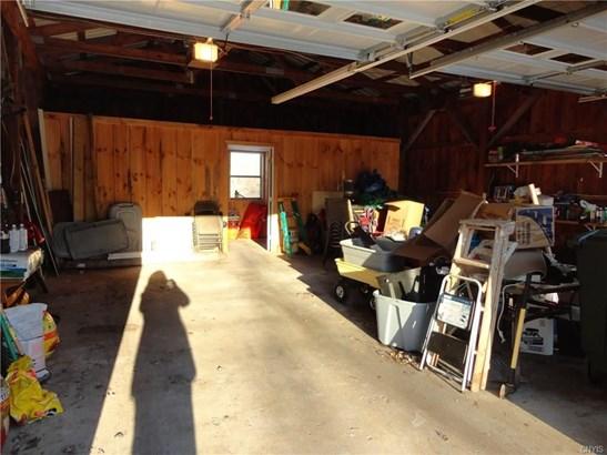 9470 Horseshoe Island Rd, Clay, NY - USA (photo 4)