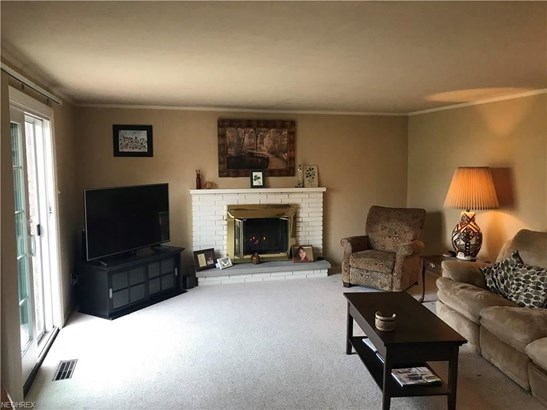 14700 Indian Creek Dr, Middleburg Heights, OH - USA (photo 2)