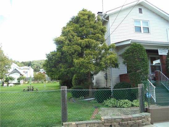 917 Vermont Ave., Glassport, PA - USA (photo 1)