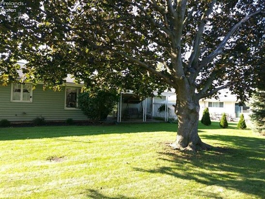 611 Greenfield Drive, Fremont, OH - USA (photo 4)