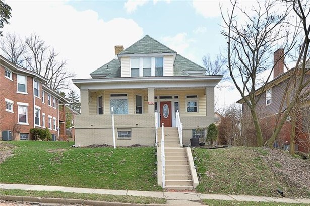 1579 Barr Ave, Crafton, PA - USA (photo 2)