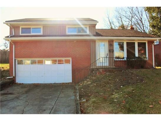 285 Bramble St, Penn Hills, PA - USA (photo 1)