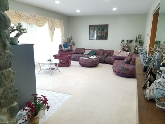4861 Oak Hill Blvd, Lorain, OH - USA (photo 2)