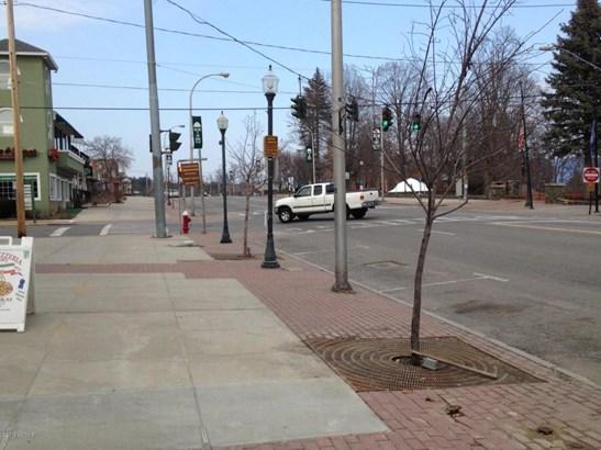 219 Canada Street, Assembly Point, NY - USA (photo 5)