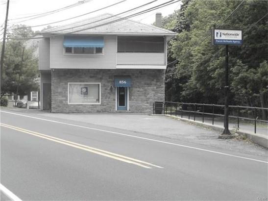 856 Pennsylvania Avenue, Pen Argyl, PA - USA (photo 1)