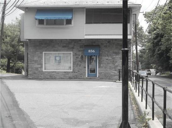 856 Pennsylvania Avenue, Pen Argyl, PA - USA (photo 5)