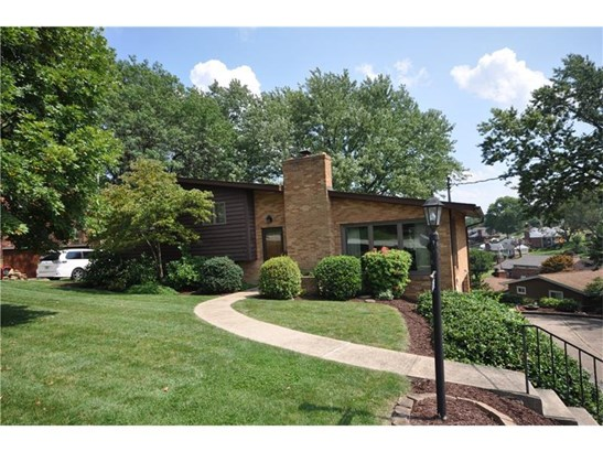 275 Oakcrest Lane, Pleasant Hills, PA - USA (photo 1)