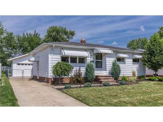 1709 Ridgeview Dr, Wickliffe, OH - USA (photo 2)