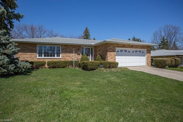 30335 Overlook Dr, Wickliffe, OH - USA (photo 1)