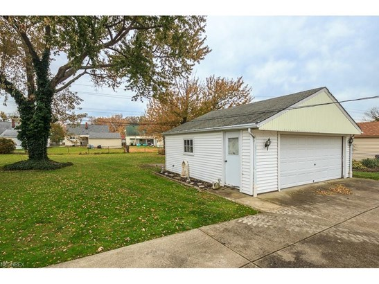 30428 Oakdale Rd, Willowick, OH - USA (photo 2)