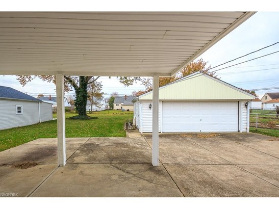 30428 Oakdale Rd, Willowick, OH - USA (photo 4)