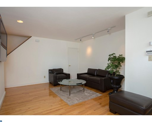 1035 Bainbridge St #b, Philadelphia, PA - USA (photo 2)