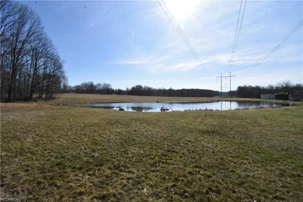 8009 Pound Rd, Hubbard, OH - USA (photo 5)