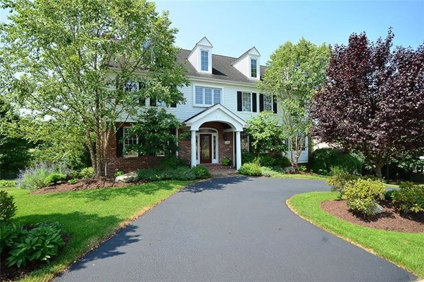 1746 Waterford Court, Upper St. Clair, PA - USA (photo 1)