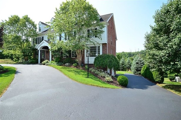 1746 Waterford Court, Upper St. Clair, PA - USA (photo 2)
