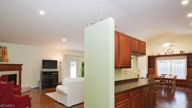 11370 Prouty Rd, Concord, OH - USA (photo 4)