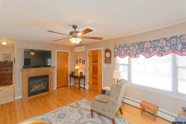 119 Guideboard Rd, Waterford, NY - USA (photo 3)