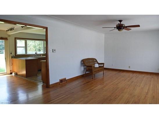 4934 Gleeten Rd, Richmond Heights, OH - USA (photo 2)