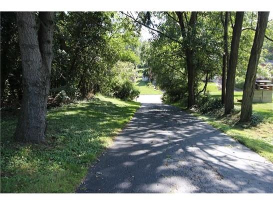 2432 South Park Road, Bethel Park, PA - USA (photo 2)